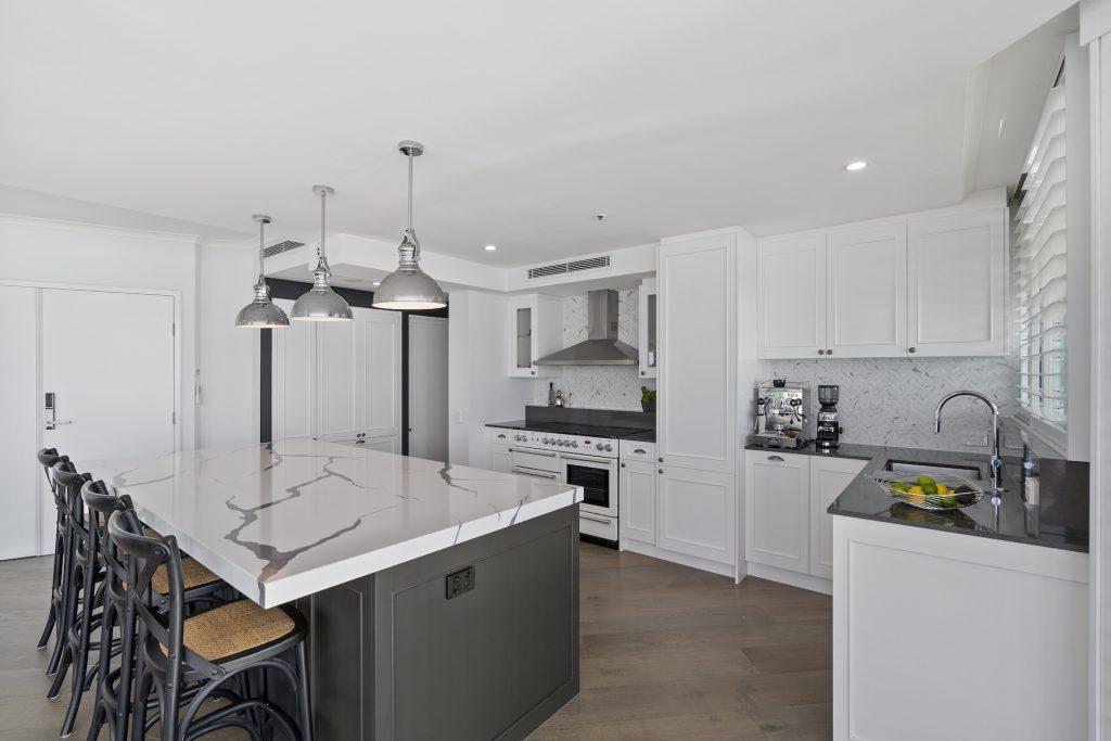hamptons kitchen renovation main beach gold coast
