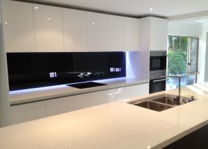 black splash back in new kitchen renovation